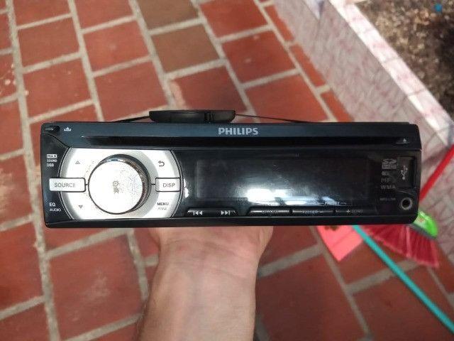 Rádio Philips.
