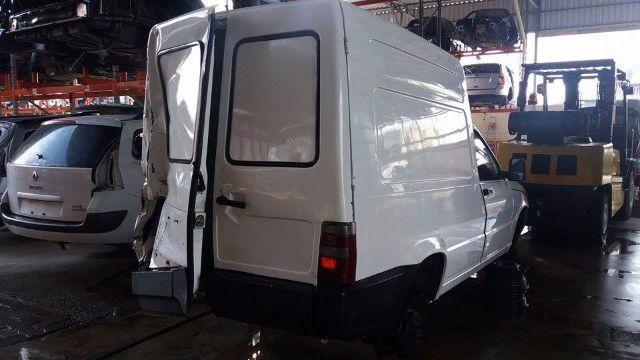 Peças usadas Fiat Fiorino 2006 1.3 gasolina 65cv câmbio manual - Foto 2