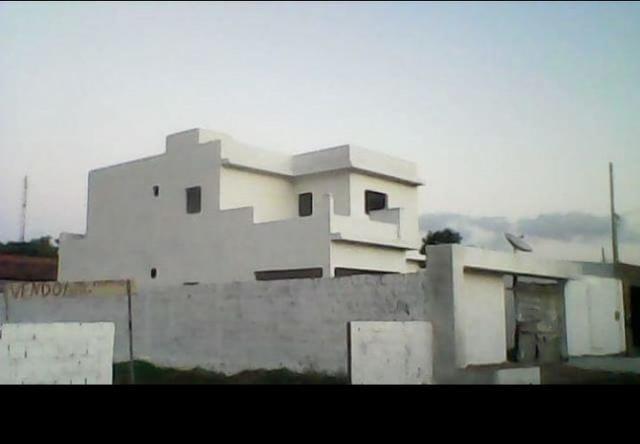 Casa situada em Riachão do Bacamarte, 4 quartos, segundo andar, a 28km de Campina Grande!