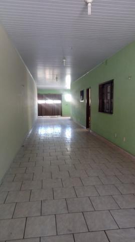 Alugo casa ampla no turu por r$ 1900 reais - Foto 2