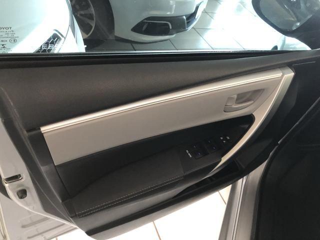 Toyota/Corolla 2.0 xei ano 2016 automático com 45 km - Foto 14