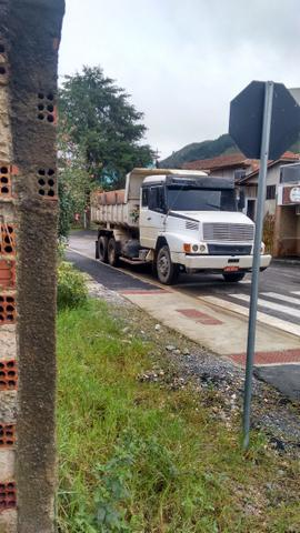 Caminhão 1630