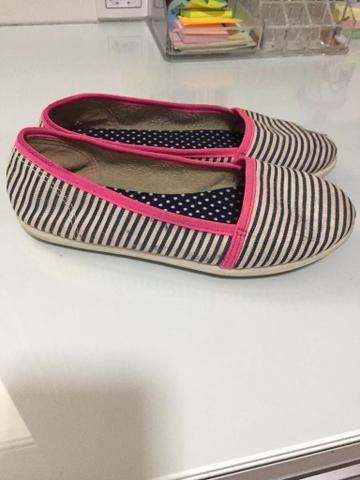 Lote com 2 sapatos - Foto 4