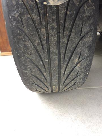 Vendo pneu 205 40 r17 - Foto 3