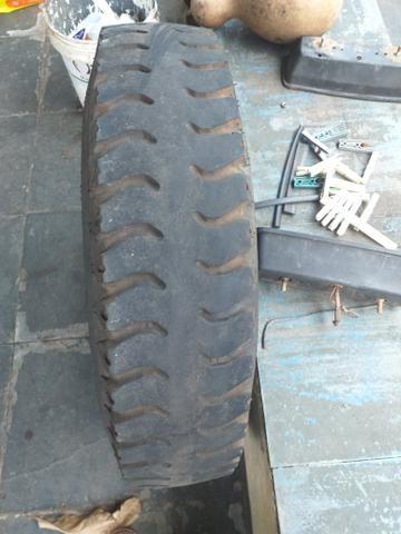Roda e pneu - Foto 2