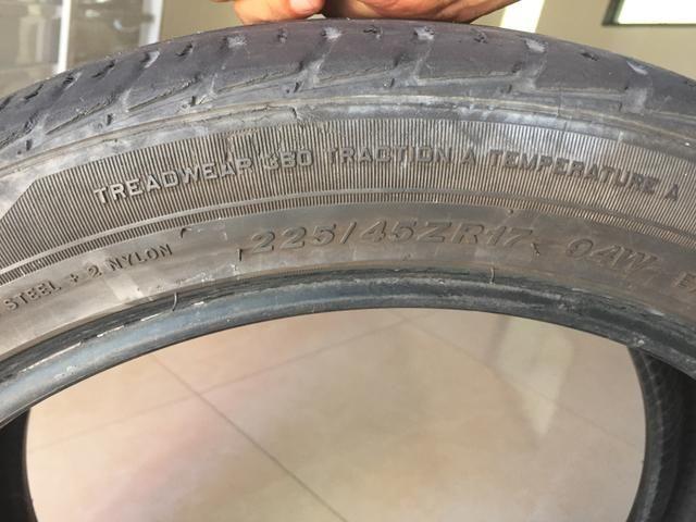2 pneus usado R17 225/45 - Foto 3