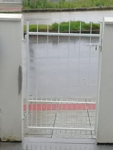 Lindo portão de 80 por 1.8