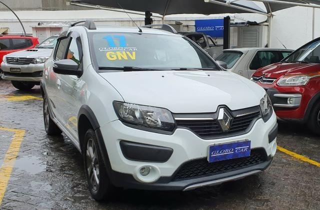 Renault sandero step way 2017 com gnv - Foto 5