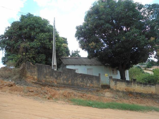 Casa Baixo Guandú,quintal grande