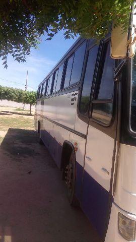 Ônibus rodoviário motor dianteiro impecavel - Foto 2
