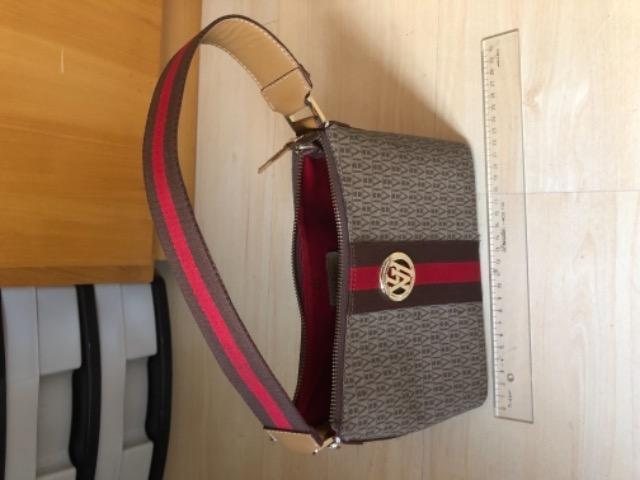 2539651dc Bolsa Victor Hugo pequena original pouco uso - Bolsas, malas e ...