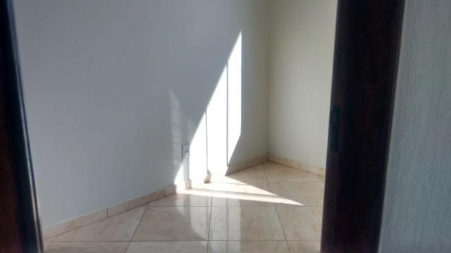 Casa a venda em Samambaia 4 quartos porcelanato reformada desocupada aceita financiamento - Foto 9