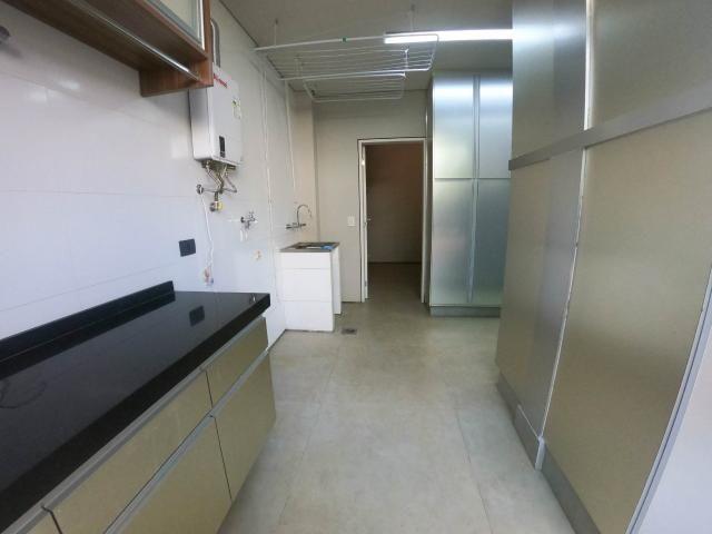 8477 | Casa à venda com 4 quartos em Londrina - Foto 6