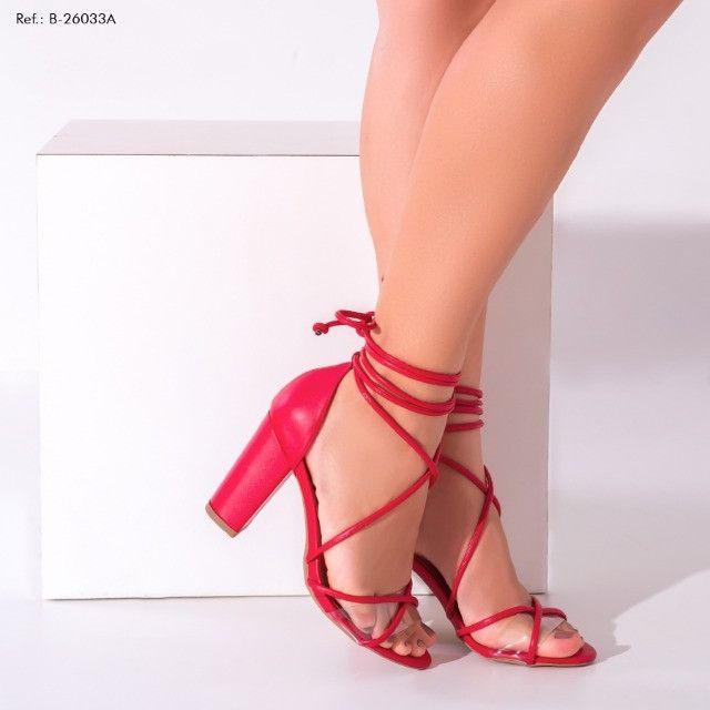 Sandália Feminina Torricella Vermelha Numeração 38 - Foto 6