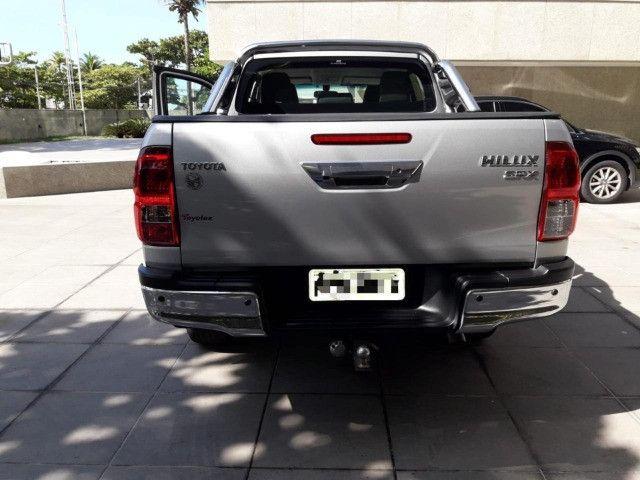 Toyota Hilux 2.8 SRX 2017 - Entrada + parcelas de R$2.499,00 - Foto 6