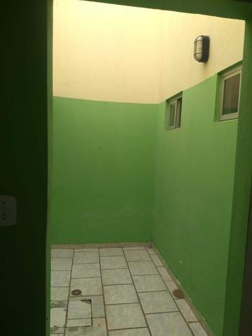 Alugo casa ampla no turu por r$ 1900 reais - Foto 8