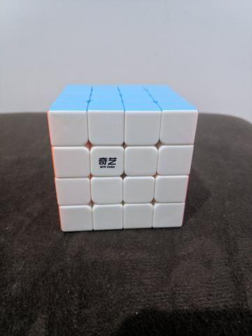 Cubo Mágico 4x4x4