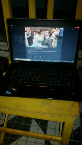 Vendo notebook lenovo Intel core i5.