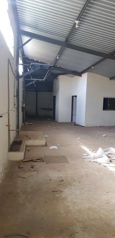 Alugo Galpão/ Deposito perto do terminal garavelo - Foto 2