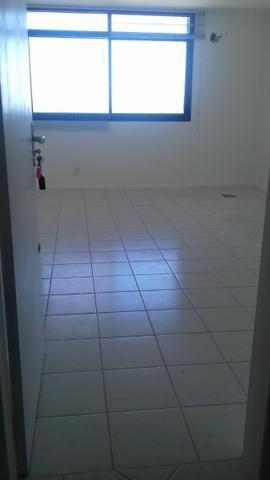 Sala com garagem, para locação no Bairro Kobrasol - Foto 2