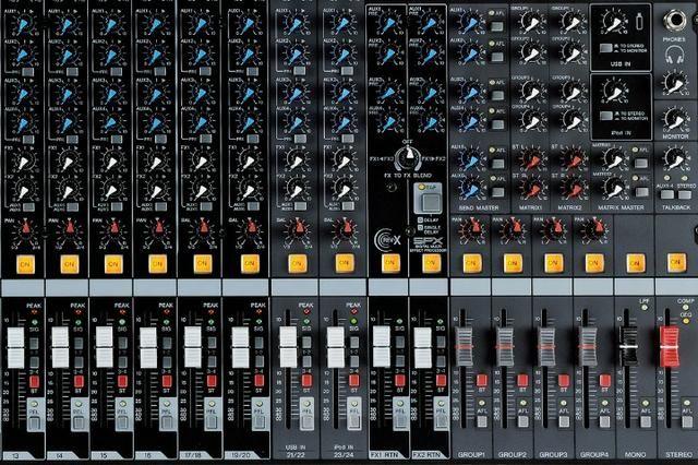 Mesa de Som Yamaha 24 canais - Foto 6