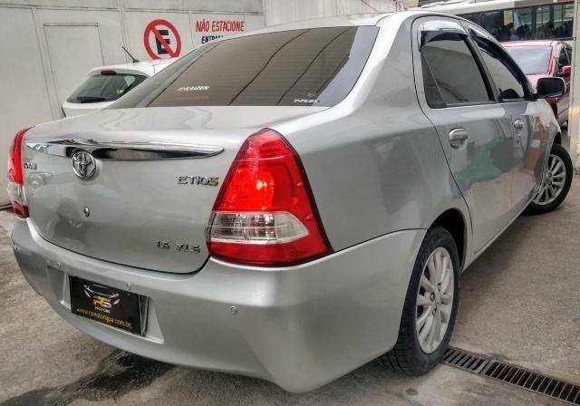 Toyota étios 27900 entrada 8mil parcelas de 469 entrada de 5mil parcelas de 698 - Foto 4