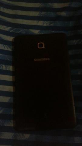 Tablet bem conservado já com película de vidro
