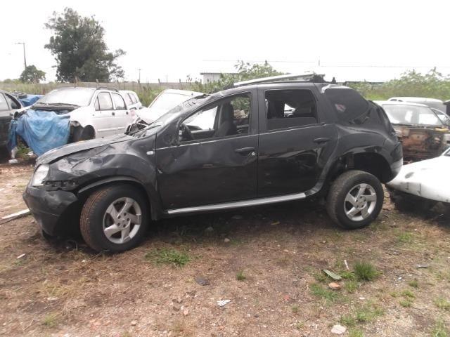 Sucata Renault Duster para retirada de peça - Foto 2