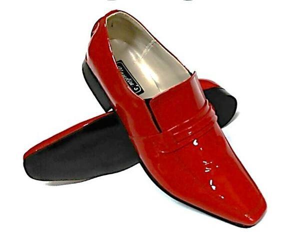 be954db14 Sapato Social Masculino Claudiu´s - Couro Natural ou Verniz - Várias Cores  (Bico Quadrado)