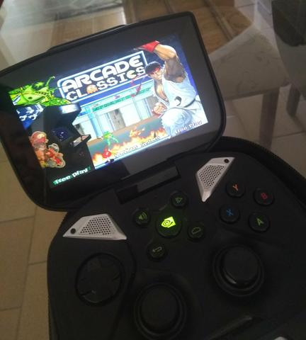 Nvidia Shield portátil + case + micro sd 128gb + Hyperspin