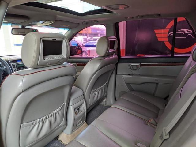 Hyundai Gran Santa Fe V6 3.3 7 Lugares - Foto 10