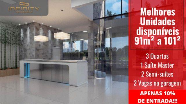 Apartamento Impecável, 3 Quartos Grandes, Sala Ampla, Lavabo e 2 Vagas - Foto 14