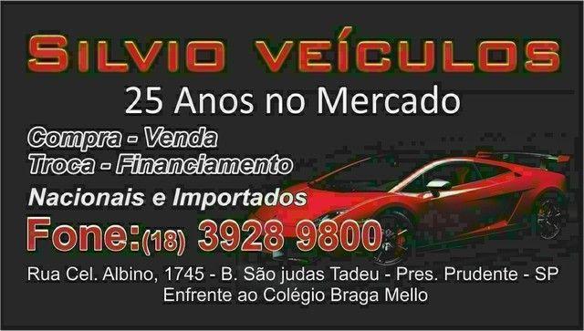 Corsa sedan 2005 - Foto 9