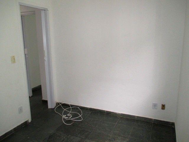 Aluguel - Apartamento de 02 Quatos - Próximo à Unimed - Ed. Village do Itaboraí - Foto 5