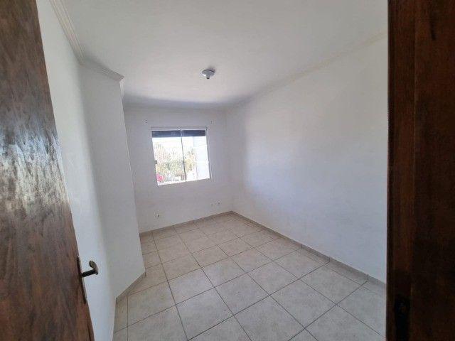 Residência na vila Cristina , 2 quartos ,garagem, gradil de 145 mil por 120 mil - Foto 12