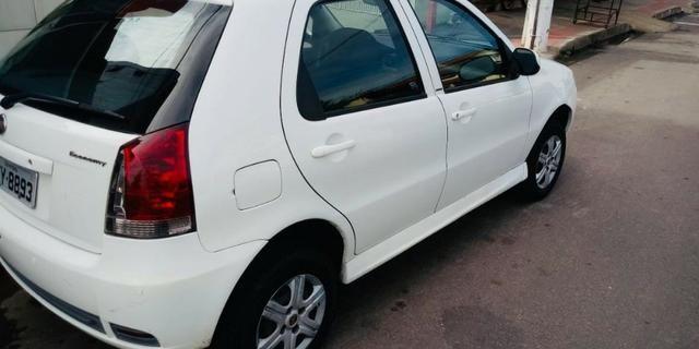 Fiat Palio Celebration Economy 1.0 8v 2011 - Completo, novo! - Foto 3