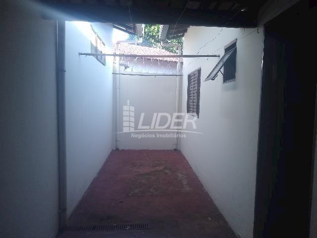 Casa para alugar com 3 dormitórios em Planalto, Uberlândia cod:863301 - Foto 18