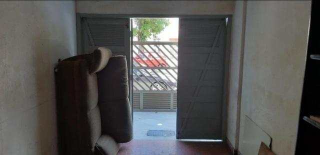 Aparecida - 2 dormitórios, sala 2 ambientes, área de serviço e garagem - Foto 18