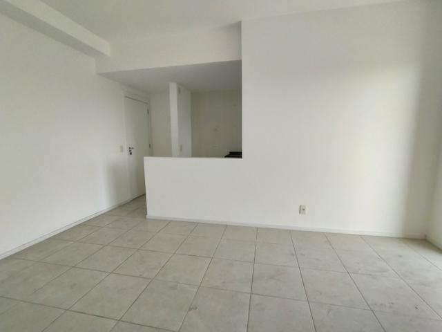 Apartamento 2 Quartos com Suíte Villaggio Manguinhos em Morada de Laranjeiras Serra ES - Foto 2