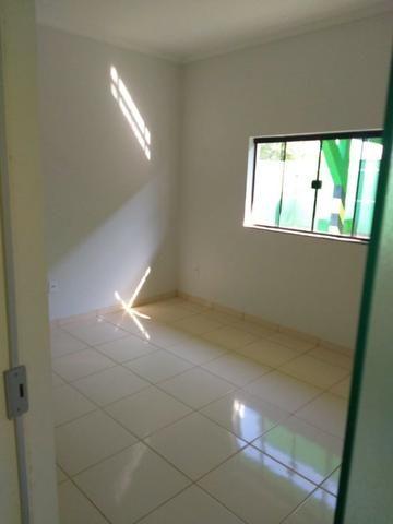 Alugo apartamentos de dois quartos, sala e cozinha,banheiro - Foto 5