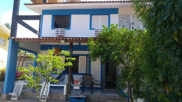 Vendo excelente casa, na beira-mar, mobiliada, em condomínio, na Praia de Itapoama