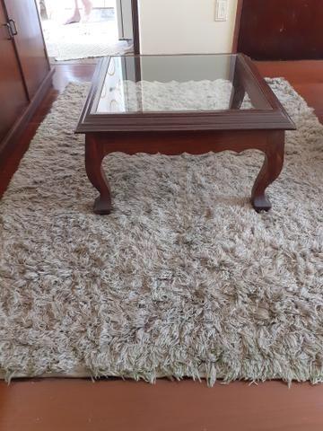 Mesa de Centro com tapete