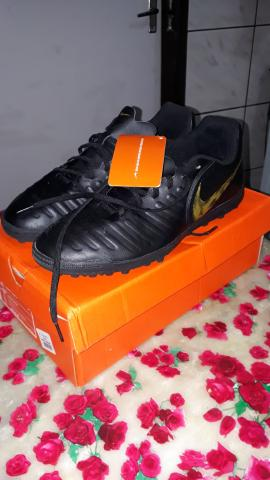 5404a63df Chuteira Society Nike Tiempo Legend X 7 Club TF - Adulto - Esportes ...