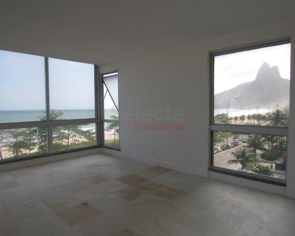 Apartamento de 330 m², lindo, na parte mais nobre e valorizada da Av. Vieira Souto, junto  - Foto 6