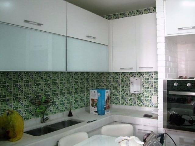 Apartamento impecável na excepcional e tranquilíssima Rua Barão de Jaguaripe !! - Foto 17