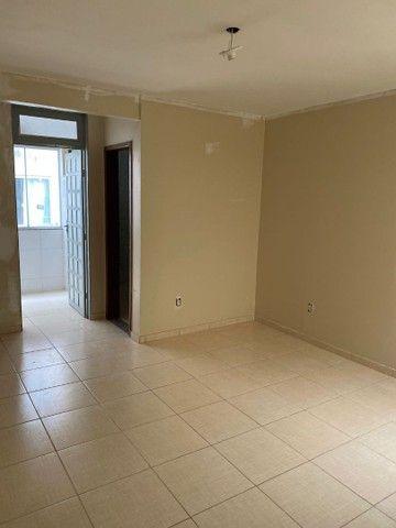 Alugo Apartamento Polo de Moda Guará II