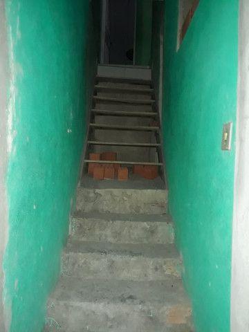 Casa 3 cômodos Jd Tarumã. Incluso água, luz, IPTU e garagem pra 2 carros pequenos. - Foto 3