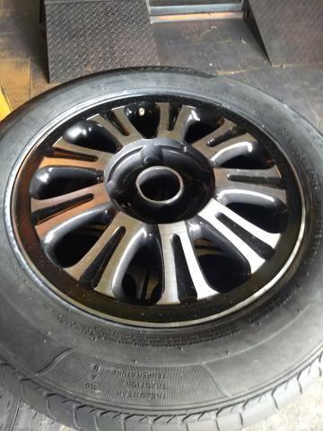 Roda 14 com pneus