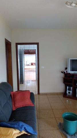 Chácara com área de 2.000m² à 15 km do centro de Ourinhos SP - Foto 6
