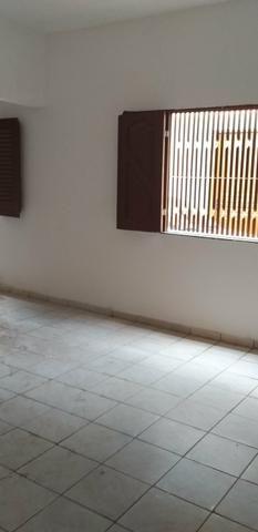 Casa de 2 pavimentos, reformada recentemente, situada no Sacavém - Foto 8